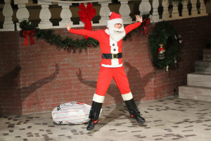 SEASPAR_PR-Photo_HolidaySpectacular_2018-Post_1_ShawnSpera